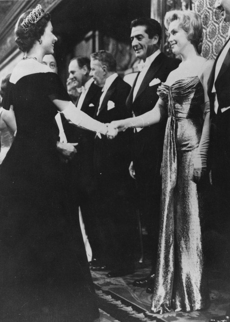 Marylin Monroe y la reina Elizabeth