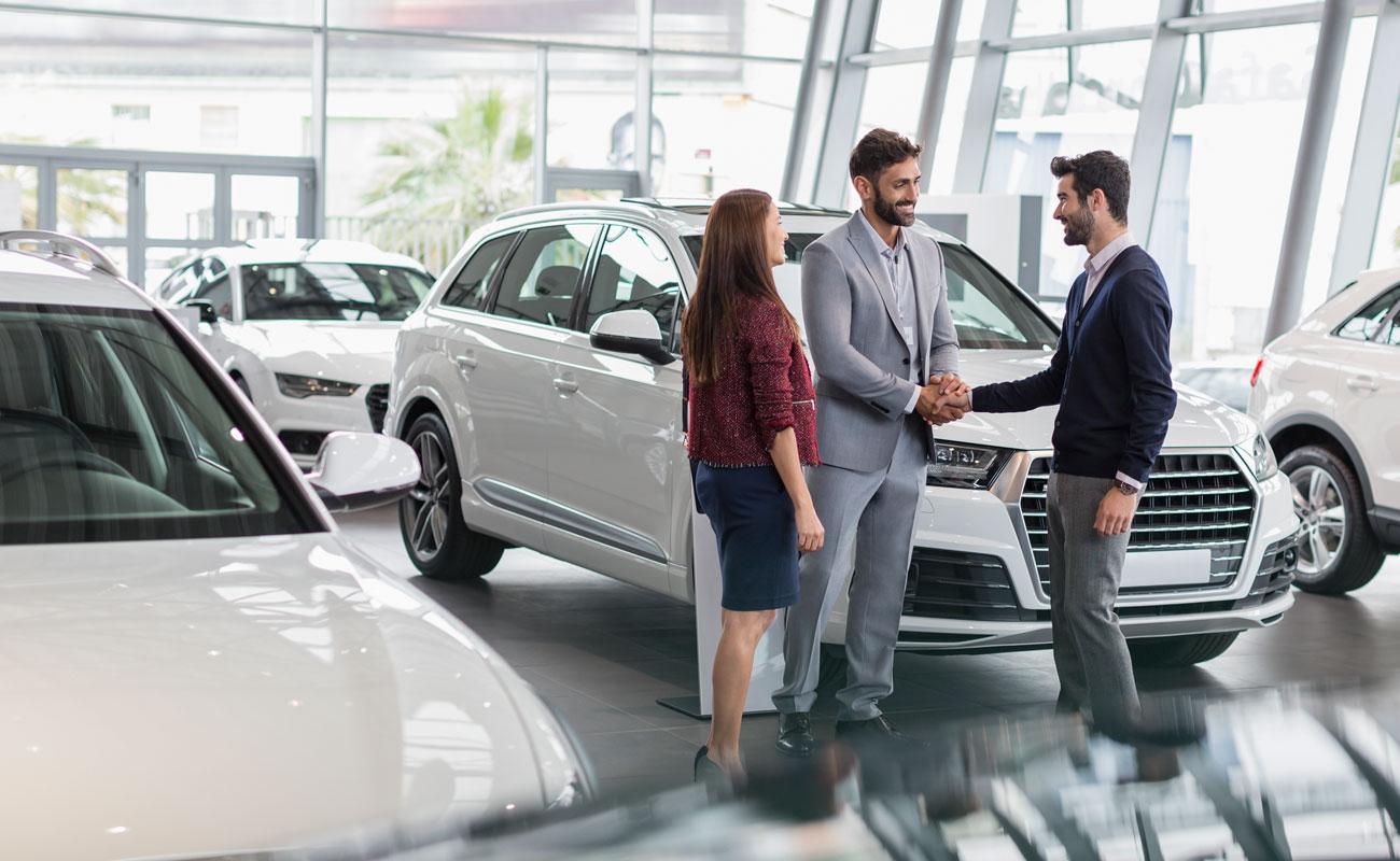 ¿Cómo cambiar de compañía de seguros de auto?