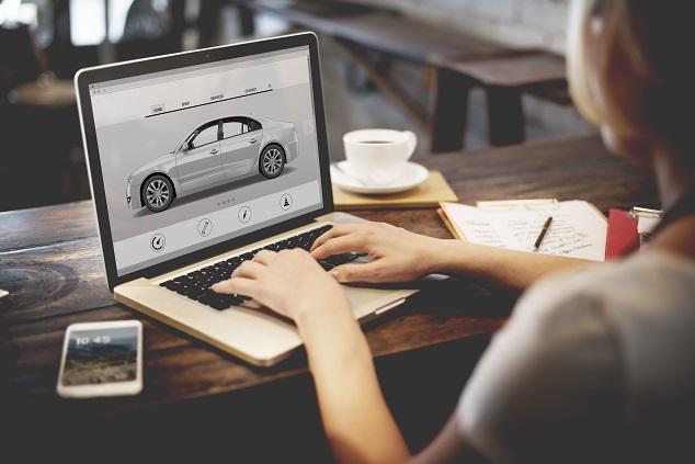 Cotizando seguro de auto digital